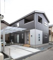 床下収納から小屋裏収納まで「5層構造の家」
