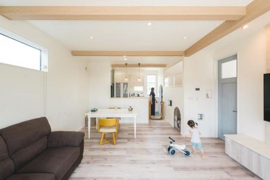 愛犬と暮らす、南欧風の家