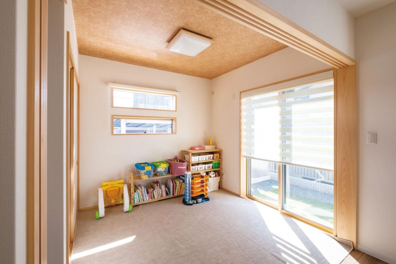 今は子どもの遊び場として活用している和室。将来は状況に応じてさまざまな使い方ができるスペースとして活躍しそう
