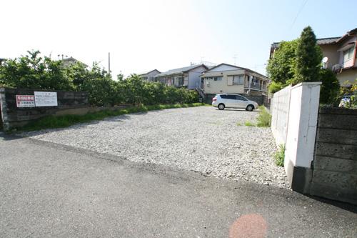 沼田町貸駐車場