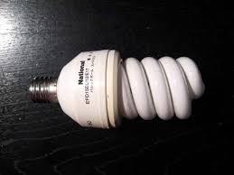 電球から音がする 直し方 原因 LED  パルックボール  安定器の劣化