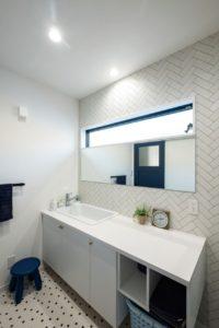 洗面スペース 広めの洗面台 ランドリールーム 快乾空間